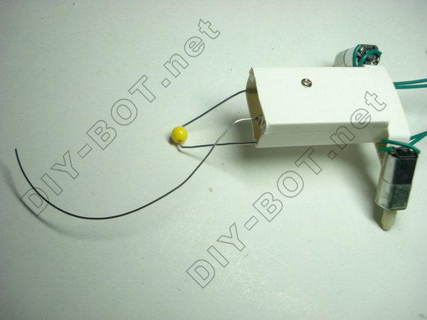 沿墙走的老鼠制作过程——传感器